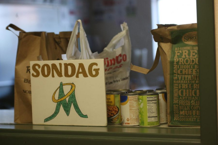 Manogue%27s+food+donations.+Photo+courtesy+of+the+Bishop+Manogue+Yearbook+Staff.
