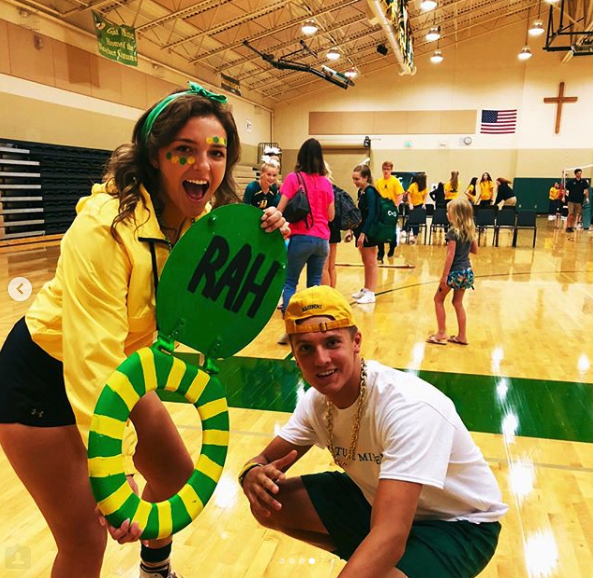 Vice President Ellen Bayliss and President Chase Bowers pose with the infamous toilet seat before the Welcome Back Rally.  (Photo courtesy of Ellen Bayliss's Instagram.)