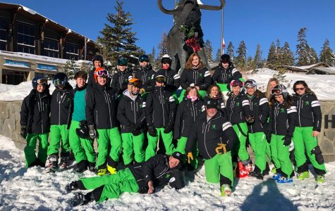 The Ski Team poses for a photo during their weekend at Mammoth Mountain, CA this season. Photo courtesy of the Bishop Manogue Yearbook Staff.